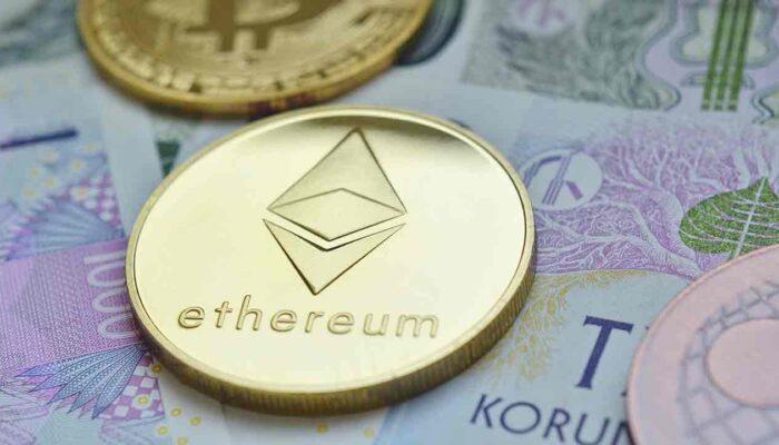 Pildil on Ethereumi münt, mis illustreerib teemat Ethereumi aadresside arv kasvab jõudsalt