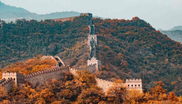 Pildil on Hiina müür, mis illustreerib teemat: Peking on rakendamas plokiahela tehnoloogiat