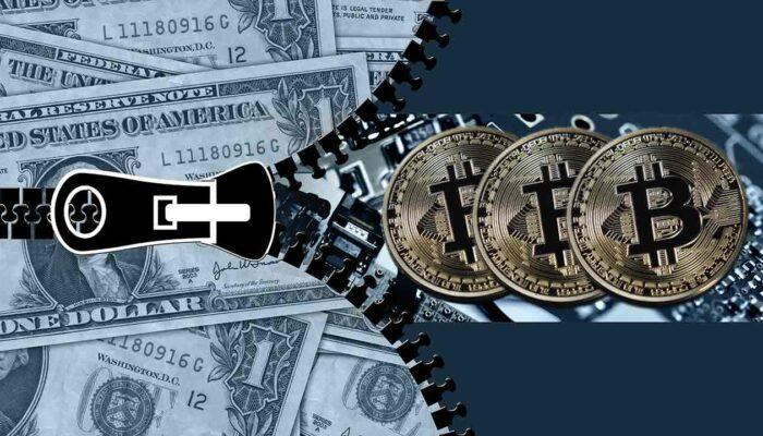 Pildil on USA dollarid ning bticoini mündid, mis illustreerivad teemat USA firma soetas $250 miljoni eest bitcoine