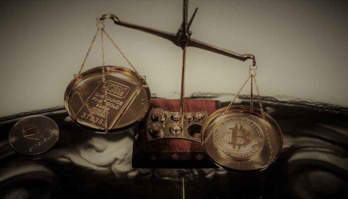 """Pildil on kaalukausil kuld ja Bitcoin, mis illustreerib teemat """"Digitaalne kuld"""" edestab traditsioonilist kulda"""