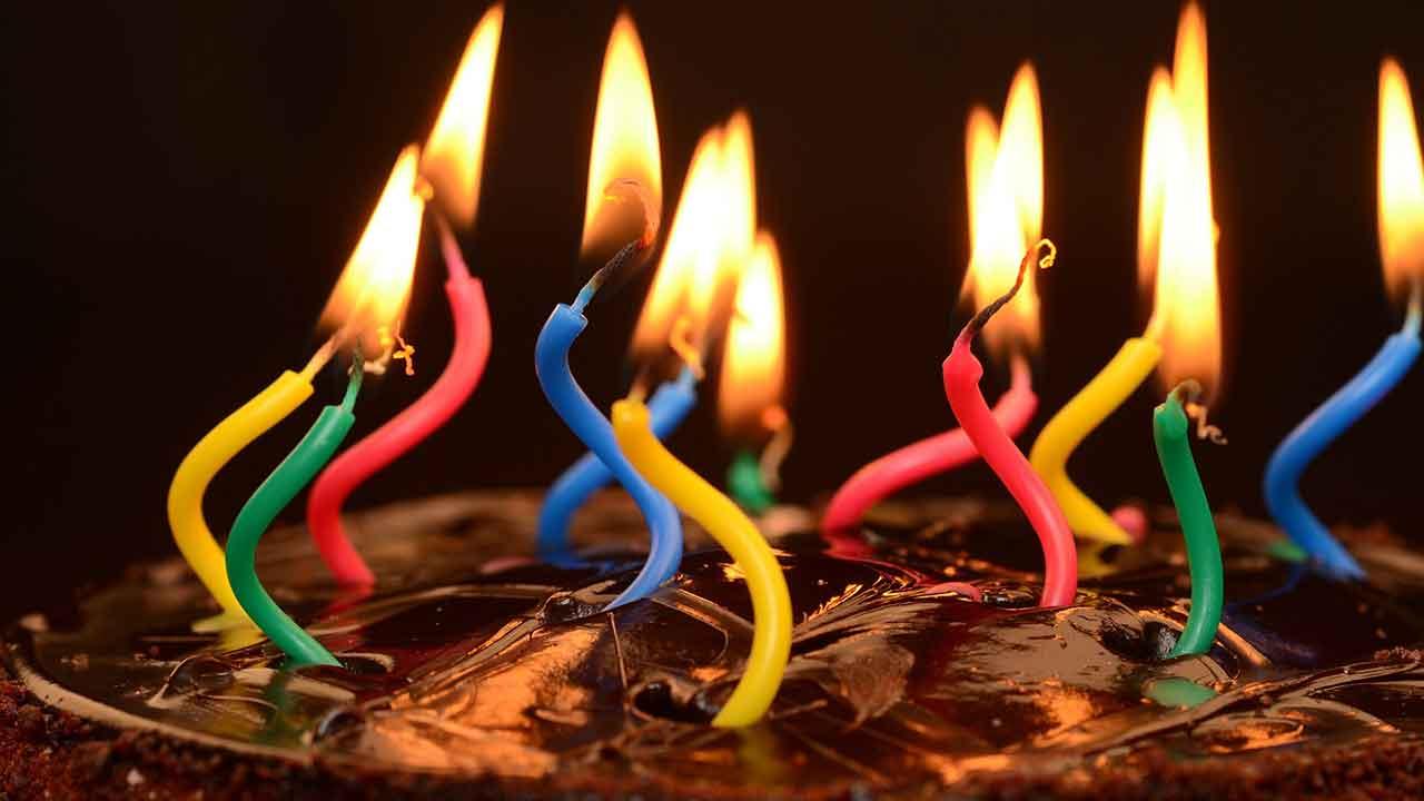 Pildil on sünnipäevatort, mis illustreerib teemat Bitcoin sai 12-aastaseks